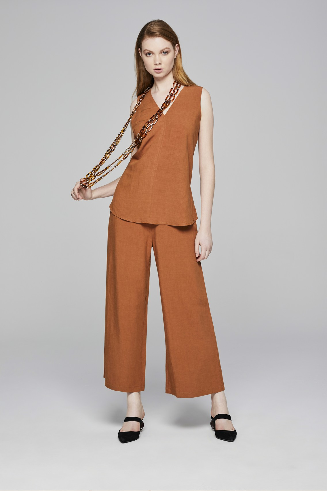 BLOUSE 212 TROUSERS 107.jpg