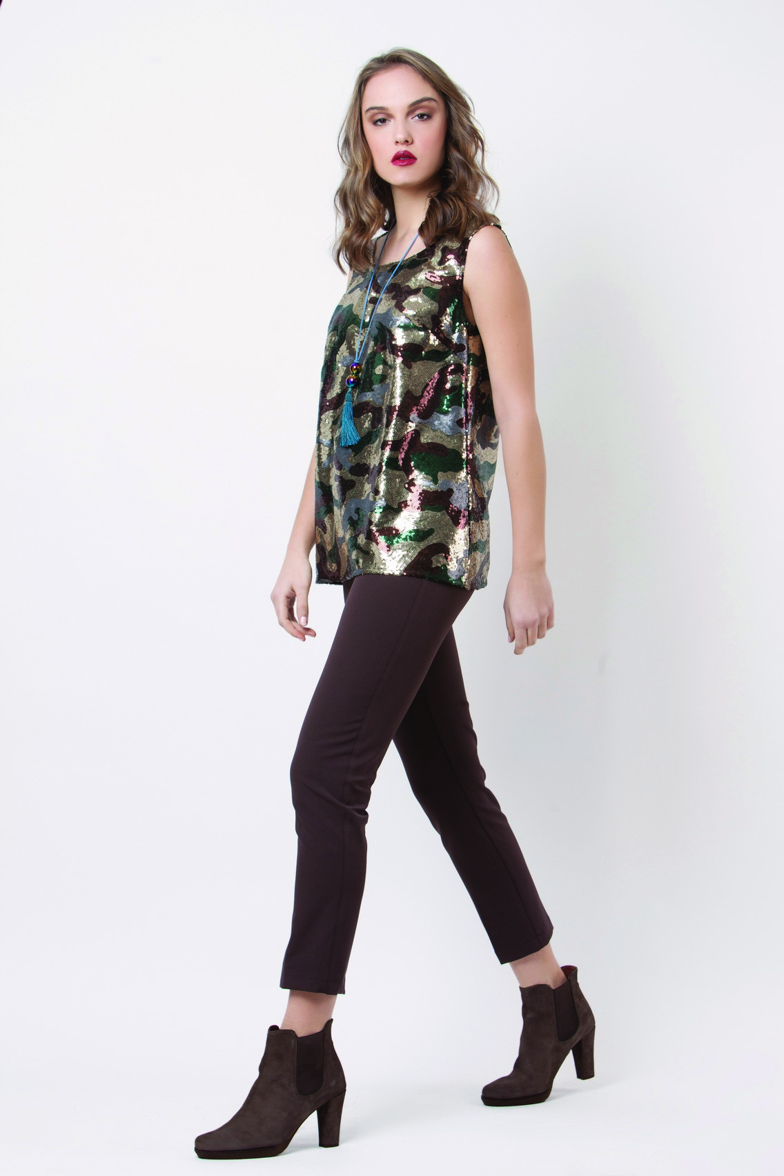 BLOUSE 223 - TROUSERS 132.jpg